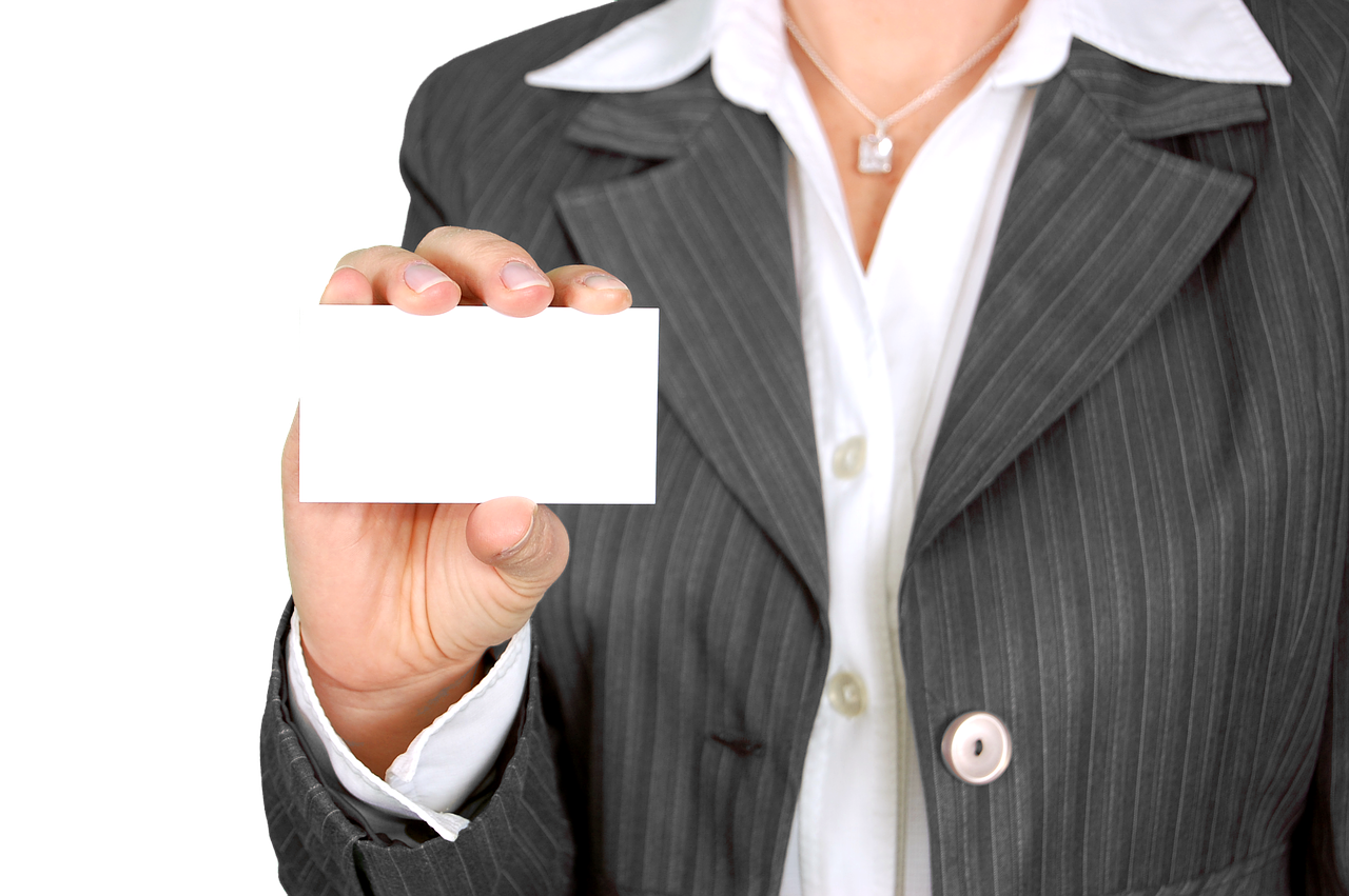 Read more about the article Think Business Cards are outdated? Think again!